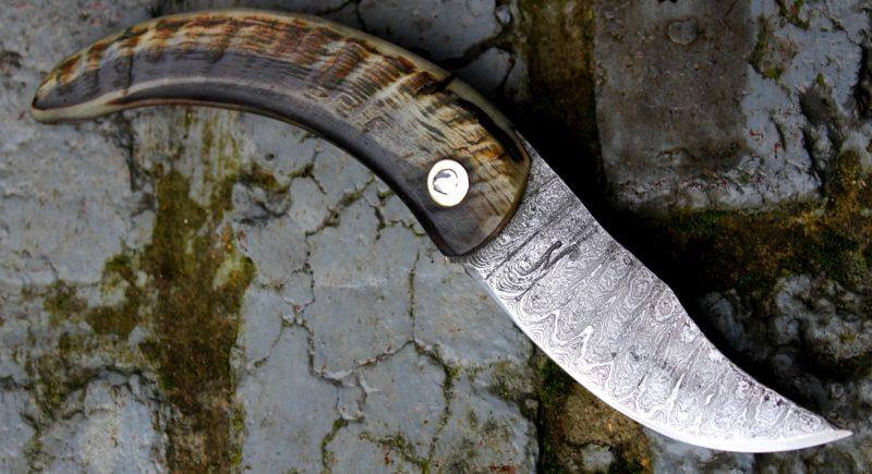 couteau pliant Corse forgé, corne bélier