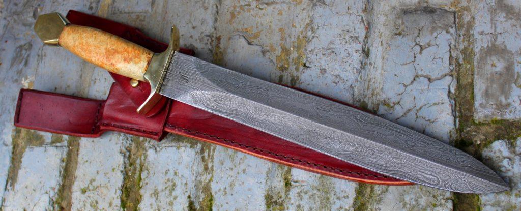 glaive de chasse, chasse au grand gibier,dague damas