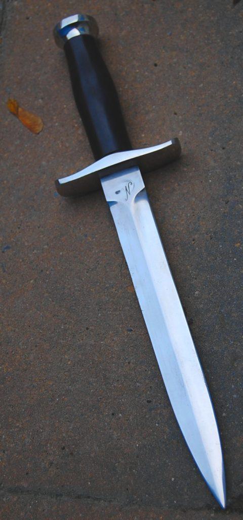 Dague de poste lame de 19 cm forgee en Xc 75 avec trempe sélective