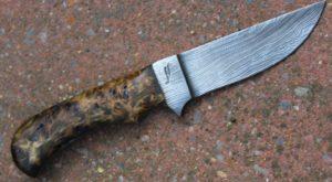 Skinner forgé, lame en damas, couteau forgé