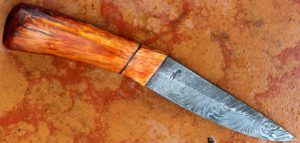 Puukko, skinner, couteau forgé
